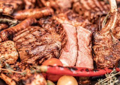 houtskool grill foto